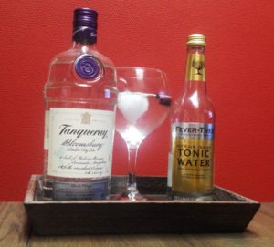Tanqueray Bloomsburry en Fever-Tree premium indian tonic water